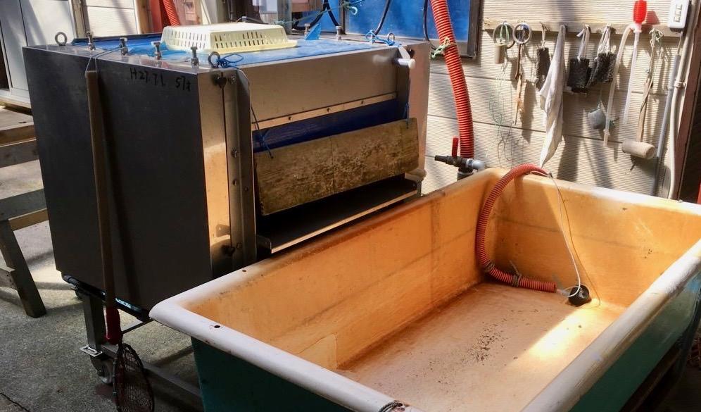 真昆布のムシをとるコケムシ機械
